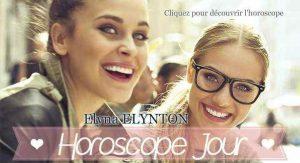 Deux jeunes filles sourire aux lèvres pour votre horoscope du jour gratuit